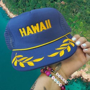 NEW Vintage Hawaii trucker snapback